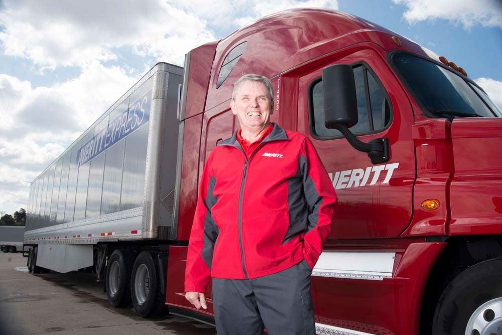 averitt_express_driver_truck